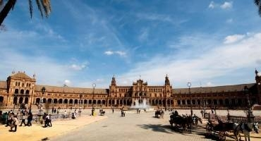 Visit the Finest Plazas in Spain
