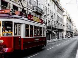 9 nights Delights of Lisbon, Coimbra, Porto & Surrounds